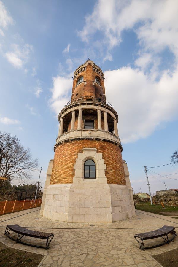 A torre do milênio conhecida como a torre de Gardos no condado de Zemun de Belgrado o capital da Sérvia A ideia da parte traseira foto de stock royalty free
