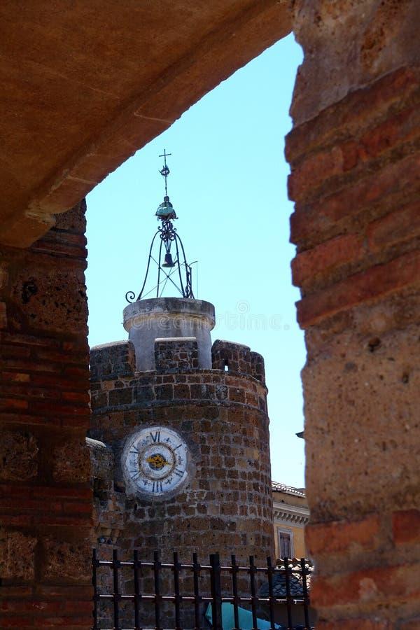 A torre do Museu Nacional e de pulso de disparo em Cerveteri fotos de stock royalty free