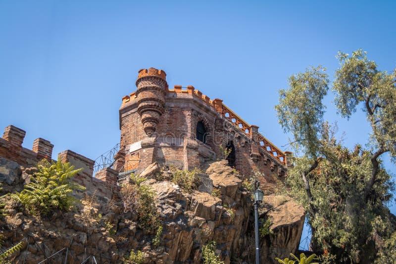 Torre do ponto de vista em Santa Lucia Hill - Santiago, o Chile fotos de stock