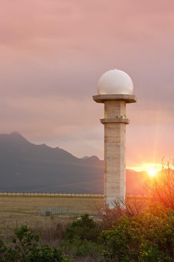 Torre do radar fotos de stock royalty free