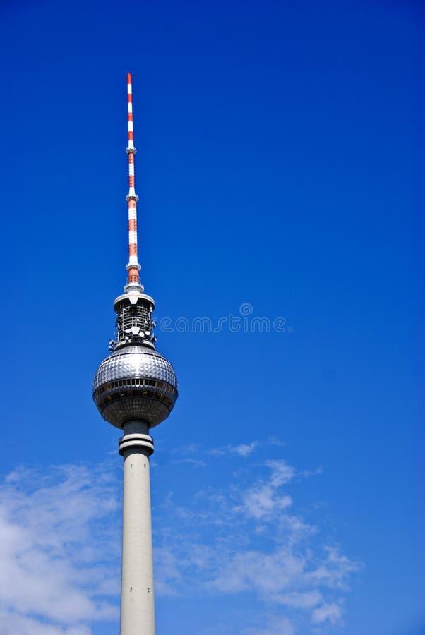 A torre do teleivison de Fernsehturm, Berlim Alemanha fotos de stock royalty free