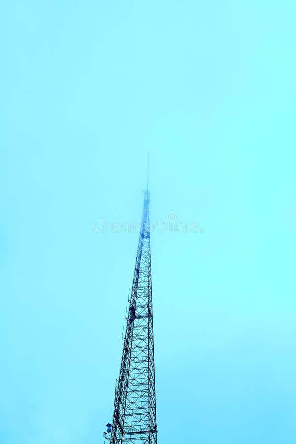 Torre do transmissor de televisão de KCTPV em Kansas fotografia de stock royalty free