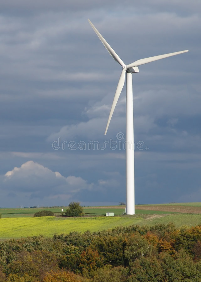 Download Torre do Windpower foto de stock. Imagem de rotor, montes - 535698