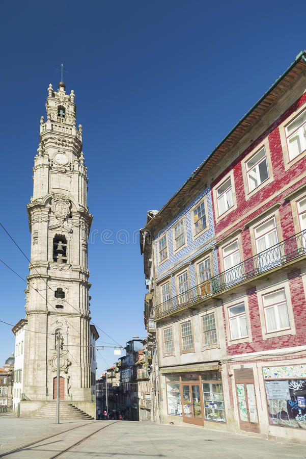 Torre dos clerigos波尔图葡萄牙 库存图片