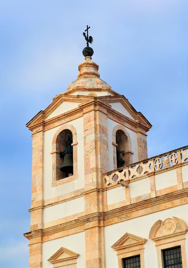 A torre e o galo em Saint Augustine Convent imagens de stock royalty free