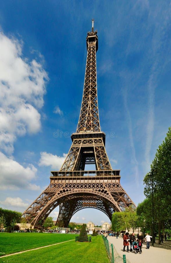 A torre Eiffel de Campeão de Marte foto de stock royalty free