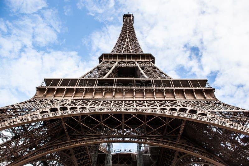 A torre Eiffel em Paris, France foto de stock