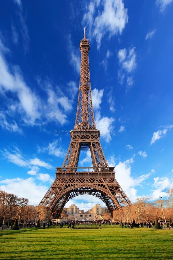 Torre Eiffel en París fotografía de archivo libre de regalías