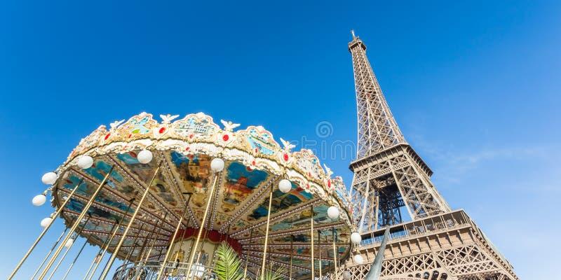 Torre Eiffel en París imagen de archivo libre de regalías
