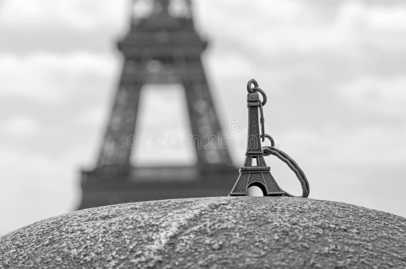 Torre Eiffel Keychain immagine stock