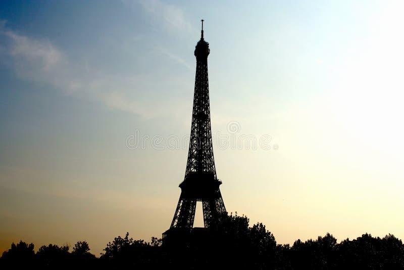 Torre Eiffel no nascer do sol imagem de stock