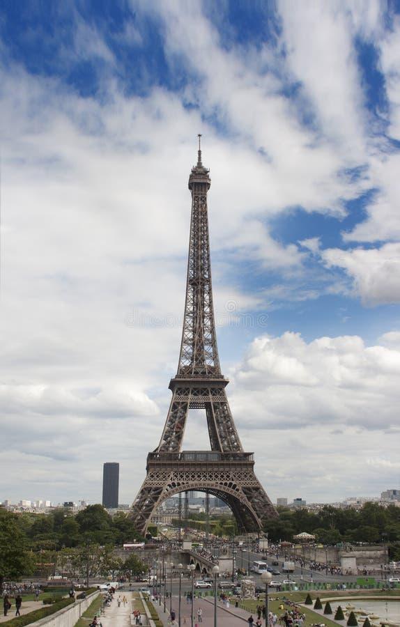 Download Torre Eiffel, Paris foto de stock. Imagem de paris, marco - 26510768