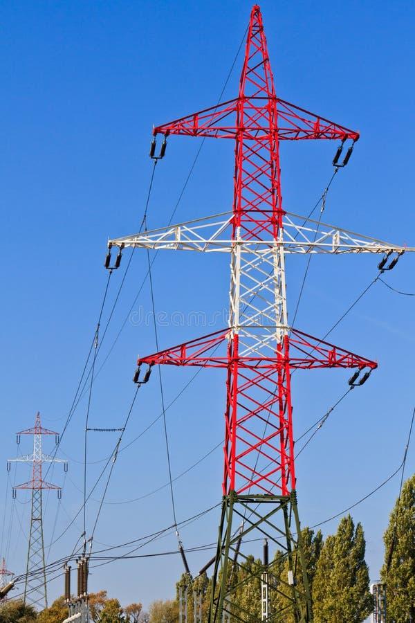 Torre elétrica/pólo de serviço público/potência pólo fotografia de stock royalty free