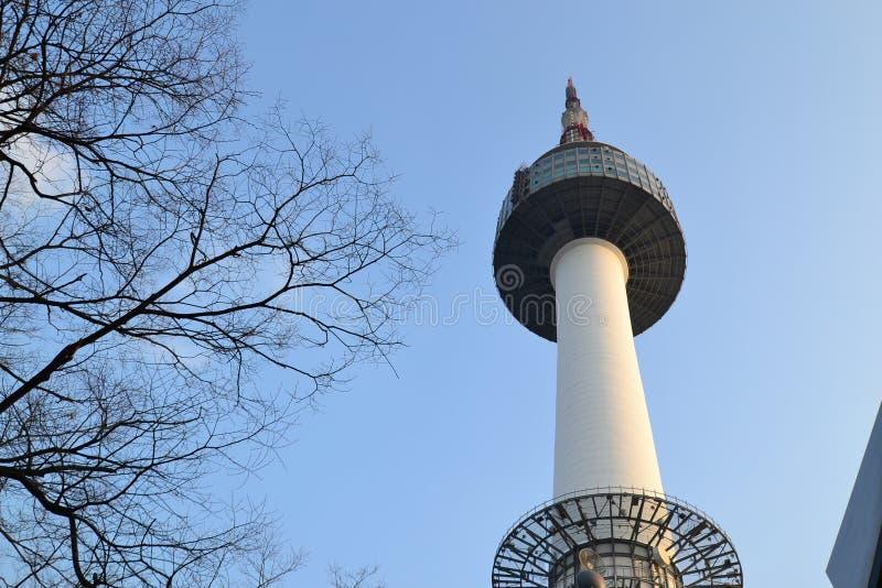 Torre em Coreia fotografia de stock royalty free