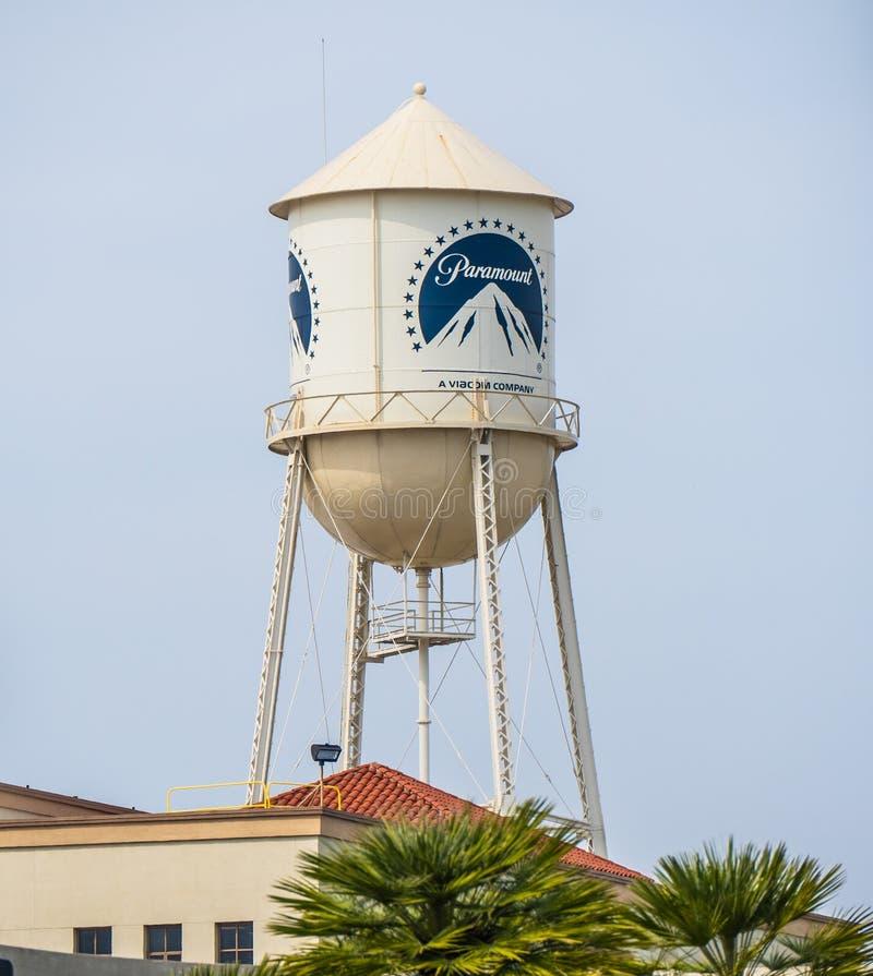 Torre em estúdios cinematográficos de Paramount Pictures em Los Angeles - CALIFÓRNIA, EUA - 18 DE MARÇO DE 2019 fotos de stock royalty free