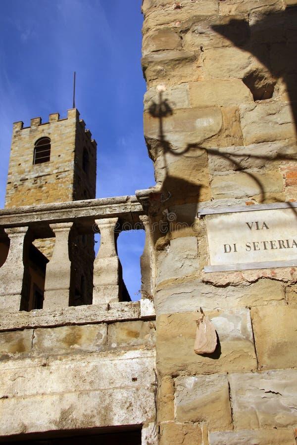 Torre en Arezzo - Italia fotos de archivo