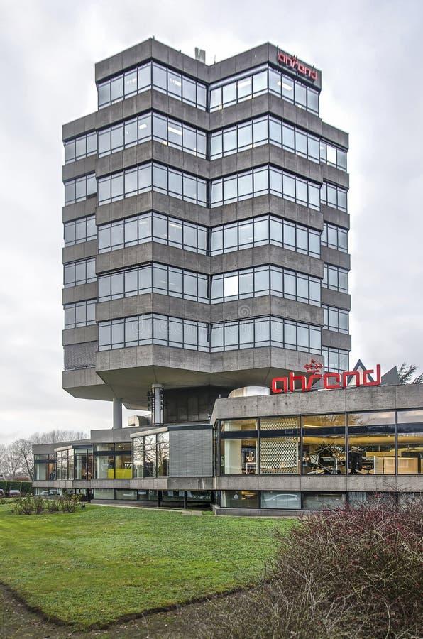 Torre esagonale dell'ufficio fotografie stock