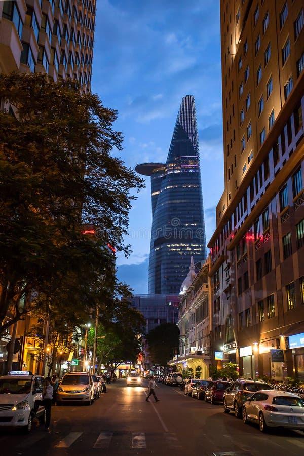Torre financiera de Bitexco en Ho Chi Minh, Vietnam fotos de archivo