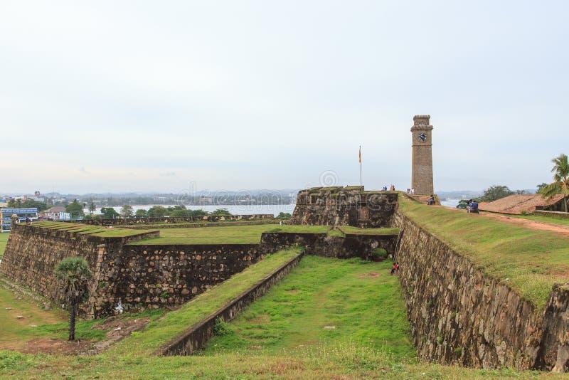 Torre forte dall'interno della fortificazione - Sri Lanka della parete e di orologio di Galle fotografie stock libere da diritti