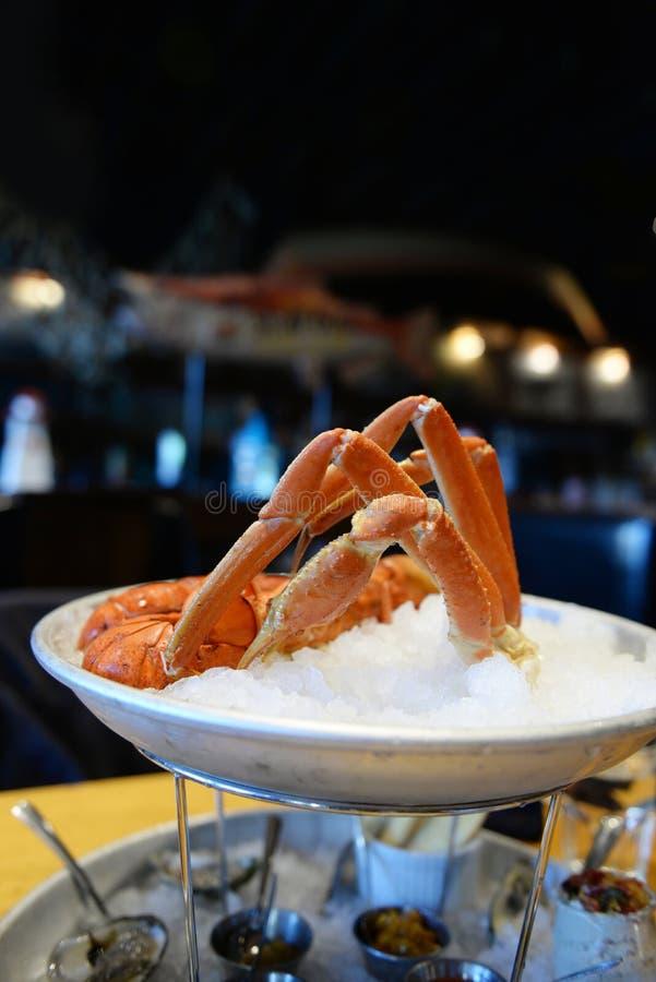 Torre gastronomica dei frutti di mare dell'aragosta di Halifax immagine stock
