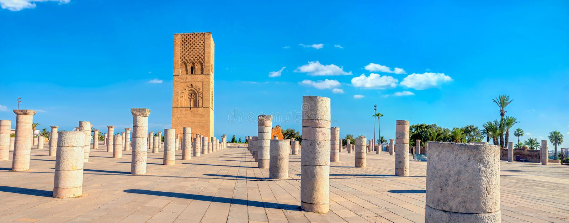 Torre Hassan, minarete de una mezquita incompleta en Rabat, Marruecos fotografía de archivo libre de regalías