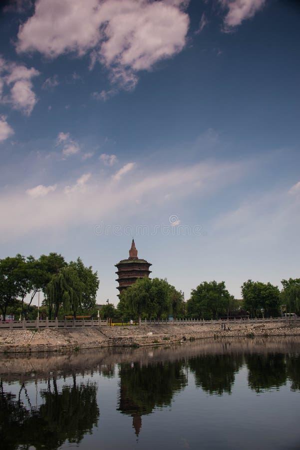 Torre hermosa del wenfeng imagen de archivo