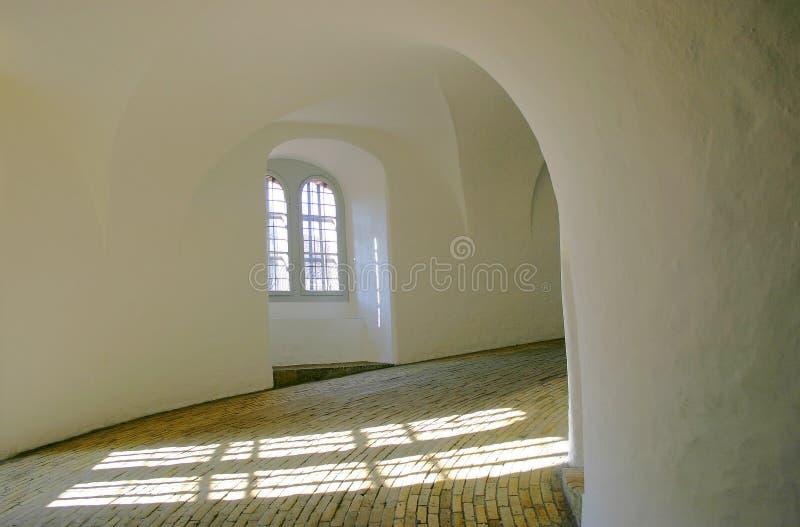 Torre histórica desde adentro imagen de archivo