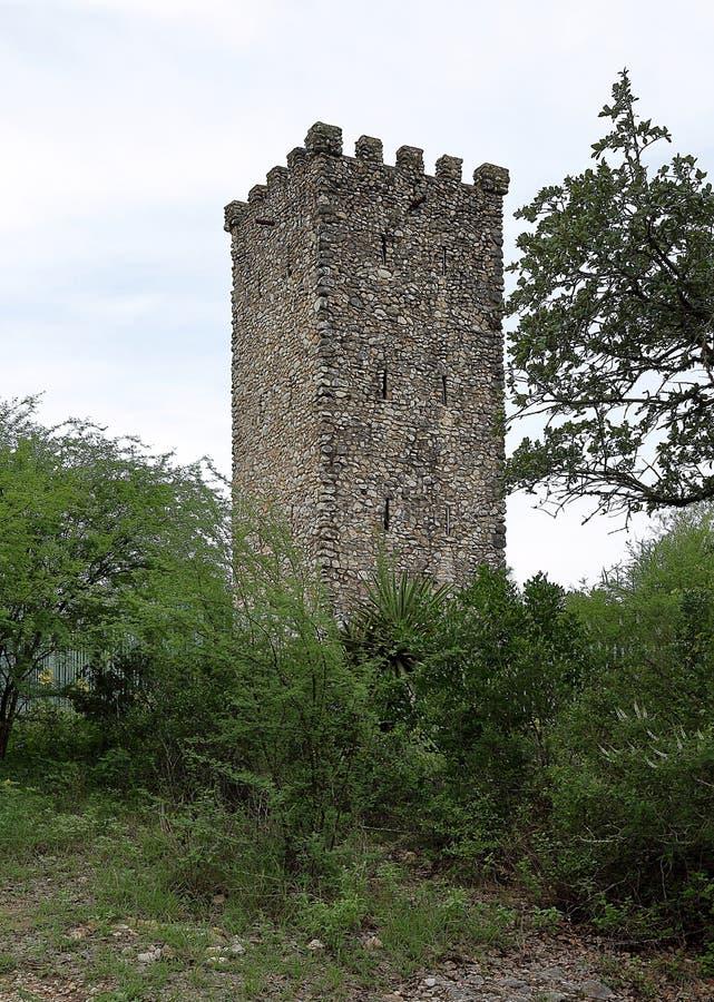 Torre hist?rica vieja en el parque del puesto de observaci?n del Comanche, San Antonio fotos de archivo