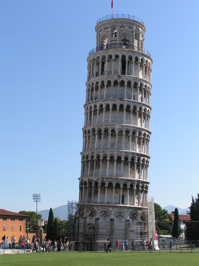 Torre inclinada imagen de archivo