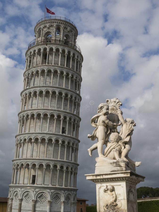 Torre inclinada de Pisa em Toscânia, Itália fotos de stock