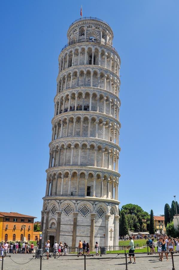 A torre inclinada de Pisa, Italy imagem de stock