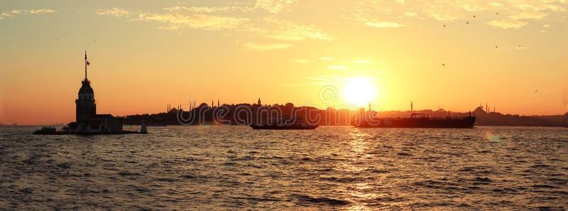Torre kulesi-nubile İstanbul del ` s di Kız fotografia stock libera da diritti
