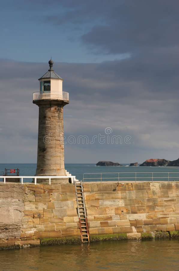 Torre ligera del puerto fotos de archivo libres de regalías