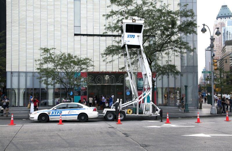 Torre mobile di sorveglianza dell'orologio del cielo di NYPD fotografia stock