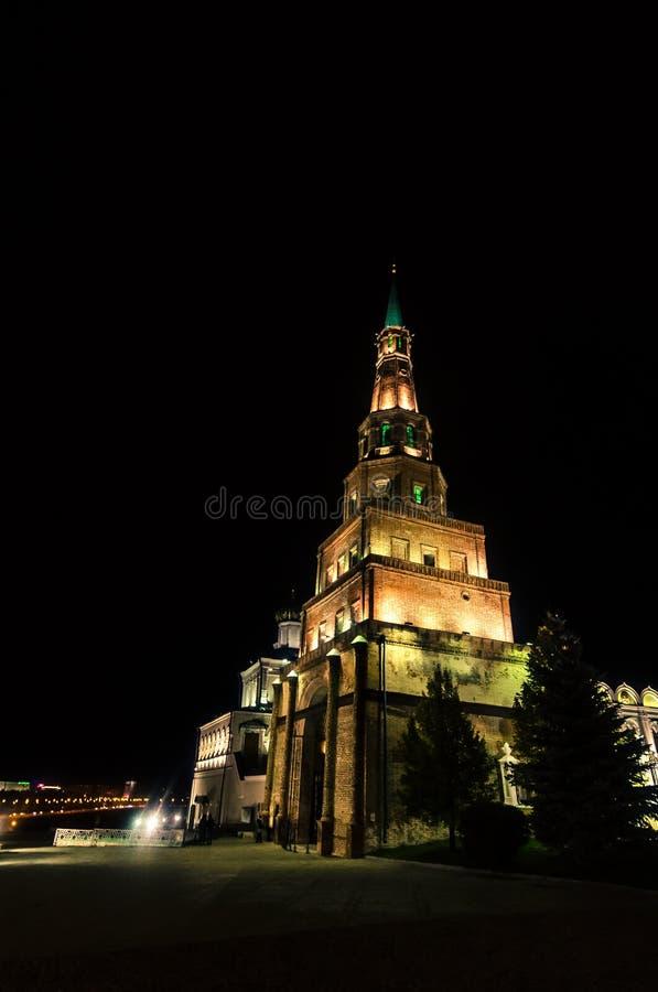 Torre monumental iluminada fotografía de archivo libre de regalías