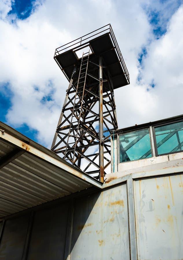Torre muy alta del hierro imágenes de archivo libres de regalías