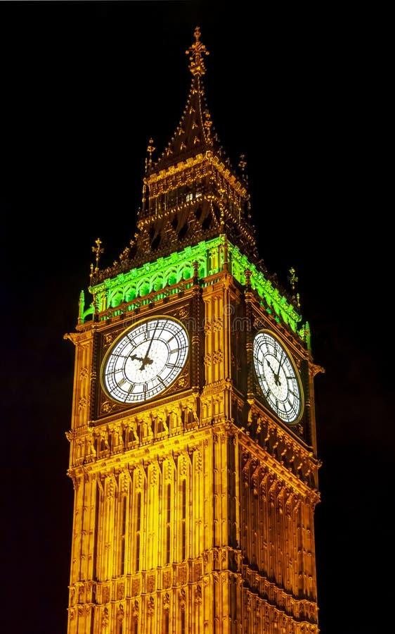 Torre na noite, Londres de Big Ben, Reino Unido imagens de stock royalty free