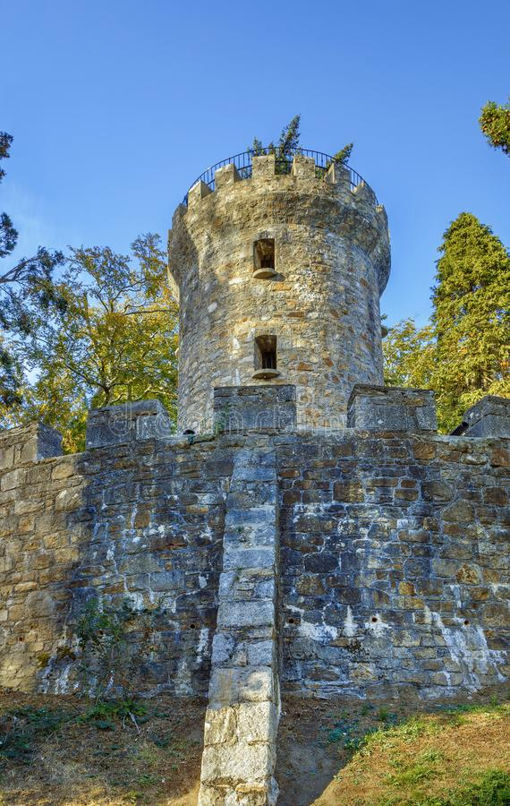Torre nei giardini di Powerscourt, Irlanda di Pepperpot fotografie stock