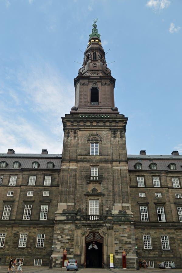 A torre no palácio de Christiansborg fotografia de stock royalty free