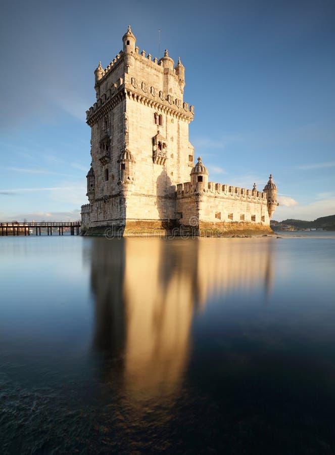 Torre no por do sol, Lisboa - Portugal de Lisboa, Belém imagem de stock royalty free