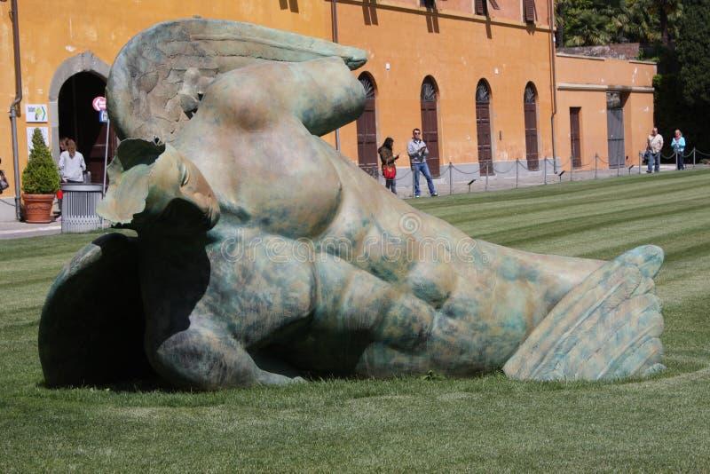 Torre pendente di Pisa con i cavalli, Italia immagine stock libera da diritti