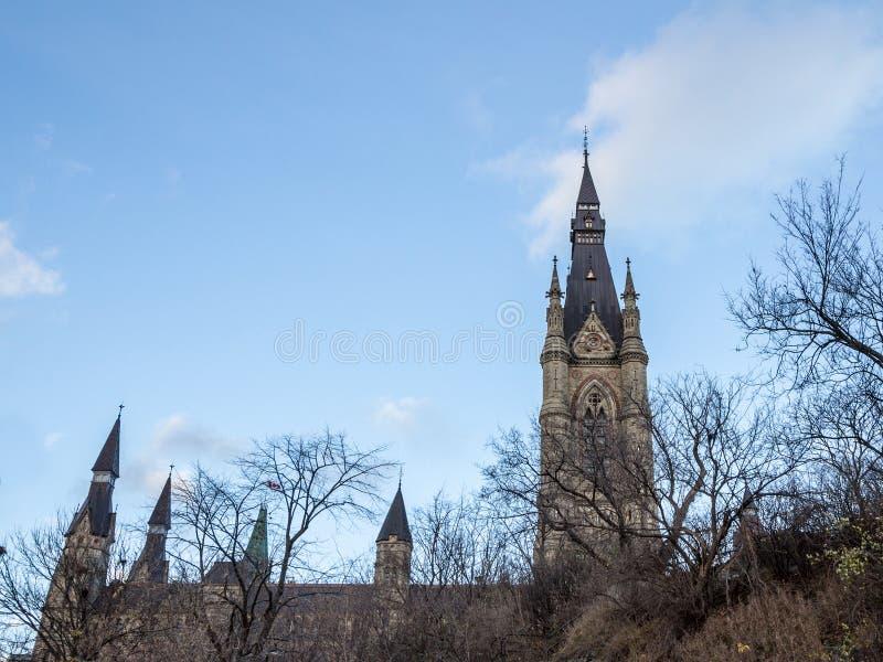 Torre principale del blocco ad ovest del Parlamento del Canada, nel complesso parlamentare canadese di Ottawa, Ontario fotografia stock
