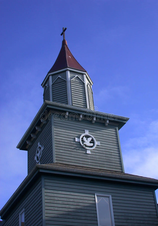 Torre rústica da igreja imagem de stock