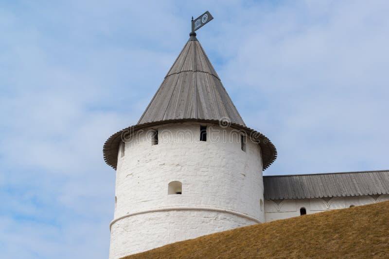 Torre redonda do sudoeste do Kremlin de Kazan República de Tartaristão, Rússia imagem de stock royalty free