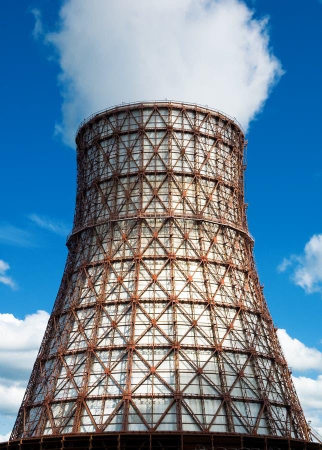 Torre refrigerando de água fotos de stock