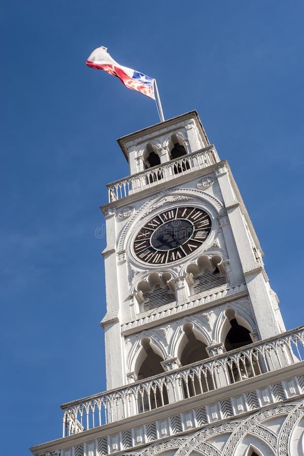 Torre Reloj矿石尖沙咀钟楼在伊基克,北部智利 免版税库存图片
