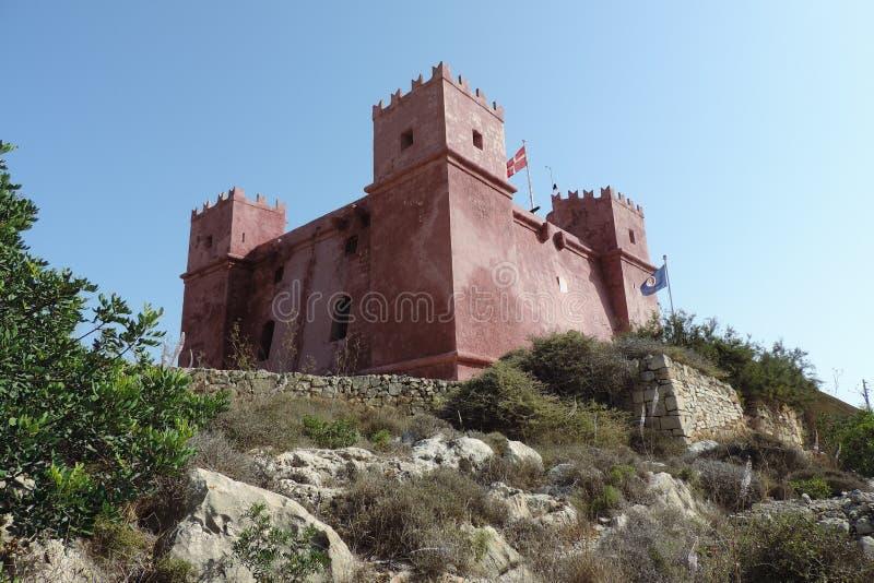 Torre roja en Malta imagen de archivo