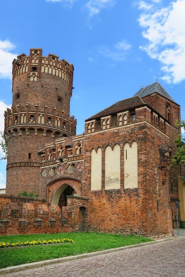 Torre storica del muro di cinta di Tangermuende (Sassonia-Anhalt, Germa fotografia stock