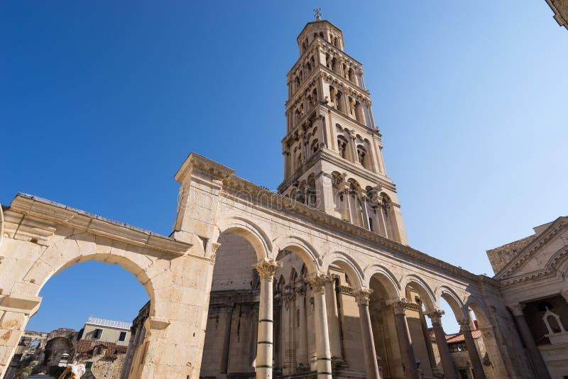 Torre Sveti Duje de la catedral de la fractura, Croacia foto de archivo libre de regalías