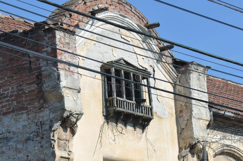 Torre velha da casa de apartamento fotografia de stock royalty free